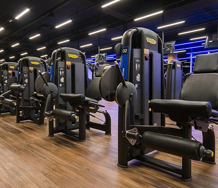 Smart fit academia parangaba fortalez ceara ce area musculacao equipamento