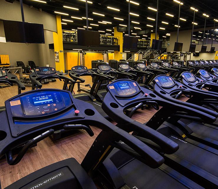 Smart fit academia unidade neo sp 1 equipamento area cardiovascular esteira