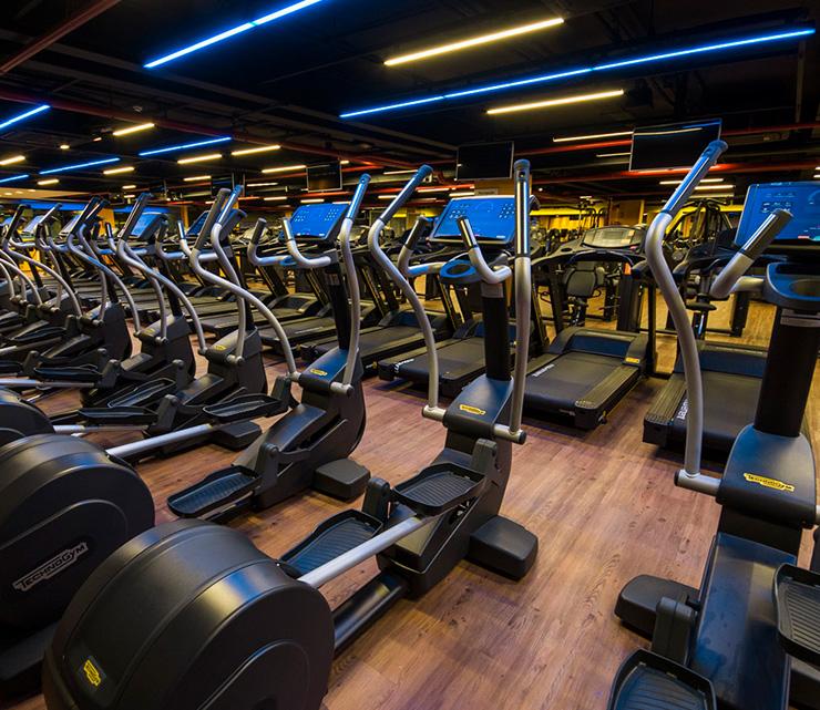 Smart fit academia aparecida de goiania go area cardiovascular equipamentos eliptico transport cardio