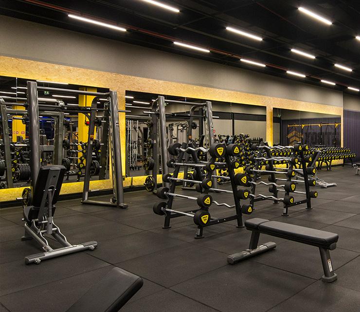 Smart fit academia unidade palato al 1 equipamento area peso livre