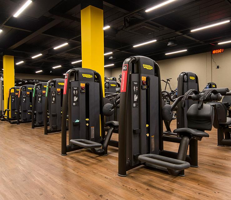 Smart fit academia unidade vila valqueire rj 1 equipamento area musculacao