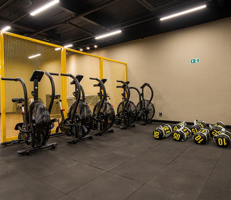 Smart fit academia unidade vila valqueire rj 1 equipamento area smart shape airbike circuito emagrecimento condicionamento