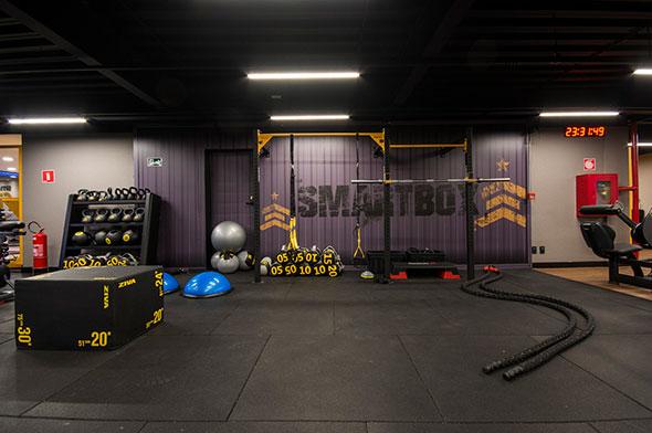 Smart fit academia unidade volta redonda rj 1 area smartbox treino funcional equipamentos trx