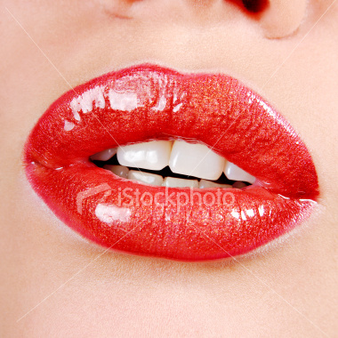 Original_4original_ist2_3166525_beautiful_red_lips