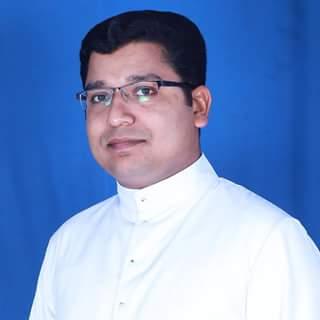 Fr. Kuriakose (Jins) Karackattu
