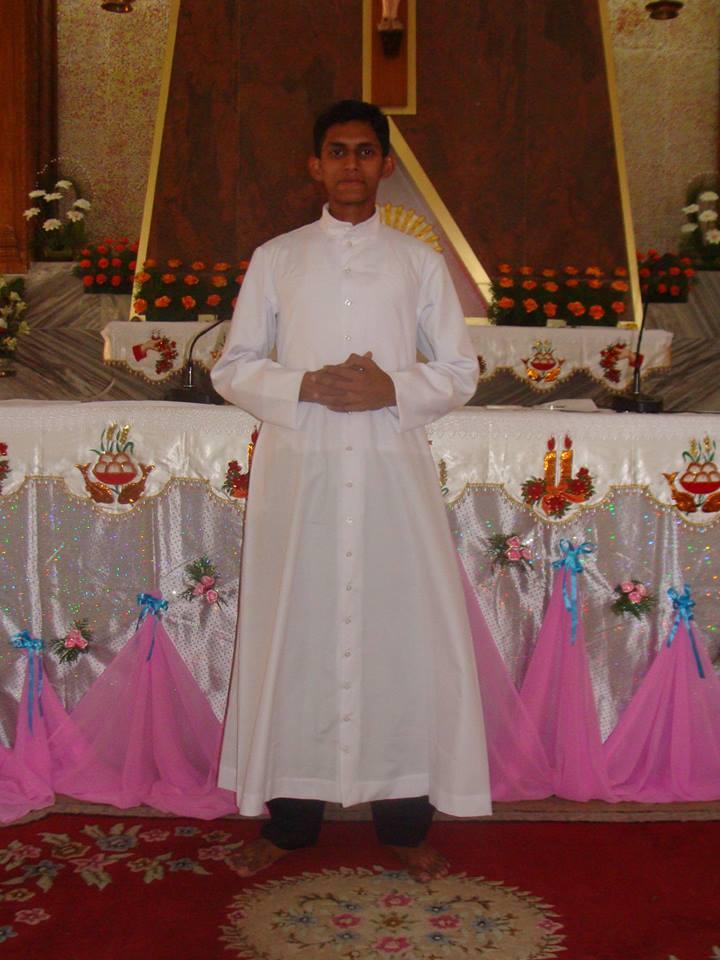 Fr.Sumesh Cheruchilambil