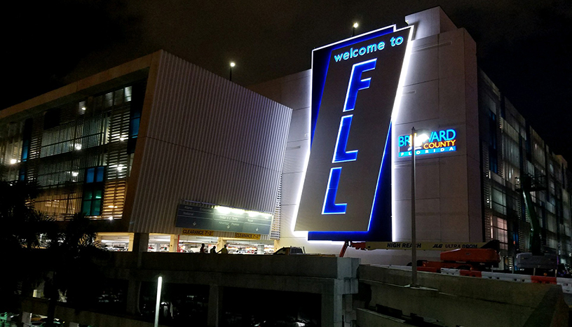 New FLL Welcome Sign as seen at night