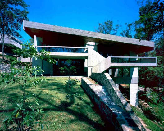 Harry and Penelope Seidler House, view from North, Killara, Sydney