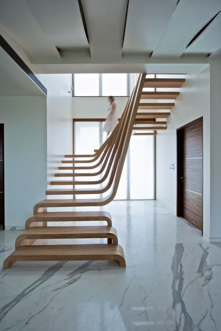 Sloping staircase