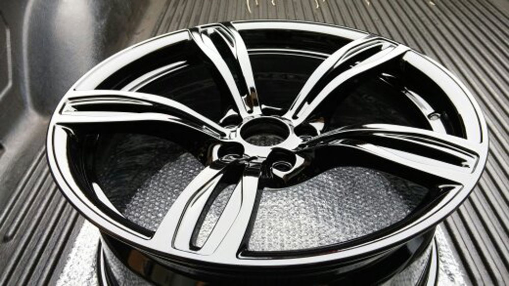 gloss black wheel.jpg