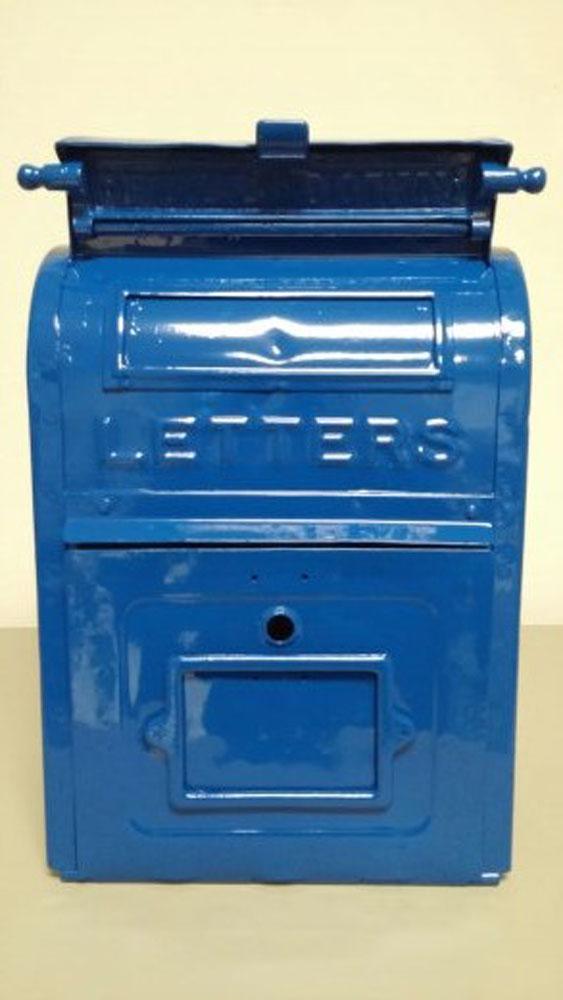 mailbox 1.jpg