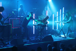 Thumb_m83_live_kisses-and-noise