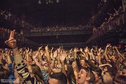 Thumb_haim_band_concert_photo_house_of_blues_boston_38