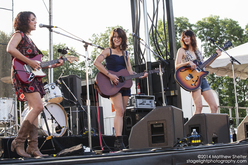 Thumb_puss_n_boots_green_river_festival_concert_photo_3