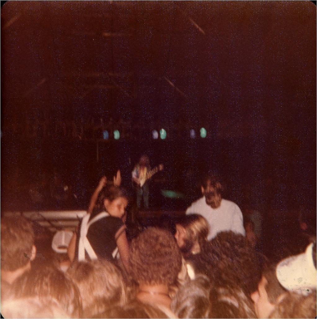 Peter Frampton's Concert & Tour History | Concert Archives