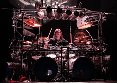 Thumb_dream_theater_-_mike_mangini