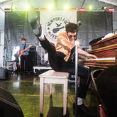Thumb_14_-_low_cut_connie_newport_folk_fest_concert_photo