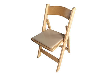 Natural Oakwood Folding Chair