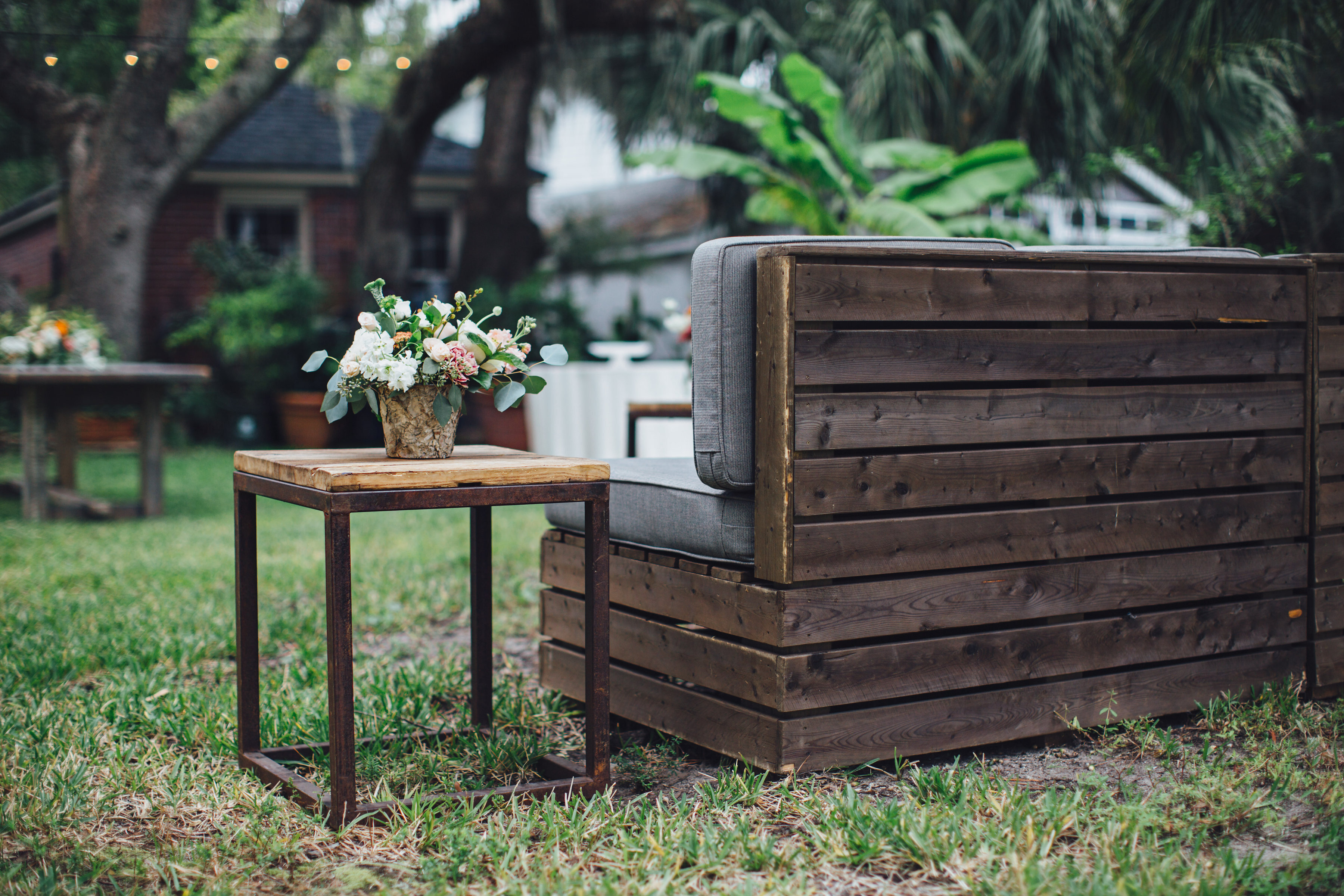 Crate With Elm Side Table