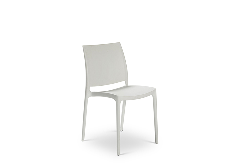 White Plastic Chair1 Lounge 2280 1620
