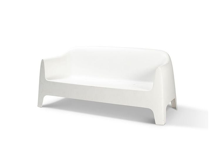 Couch White Plastic1 Lounge 2280 1620