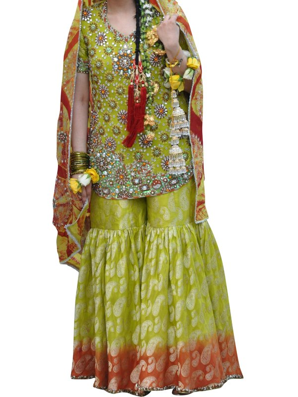 Asian Wedding Outfit 51