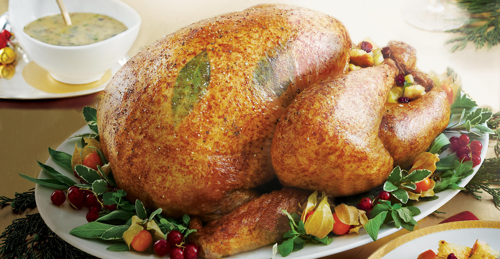 Sobeys | Perfect Roast Turkey with Cranberry Stuffing