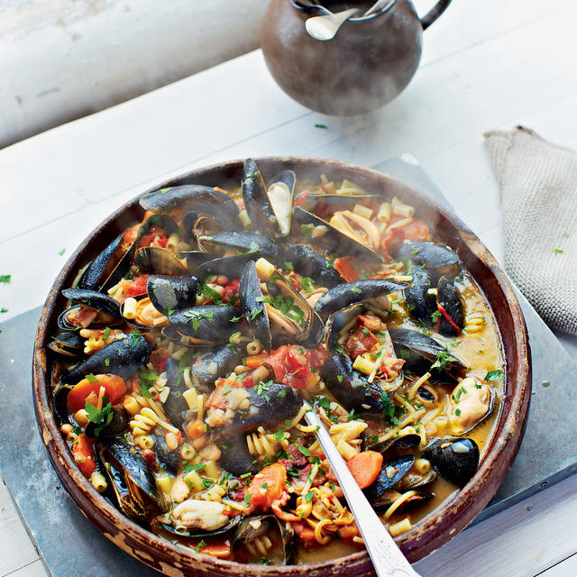 ... salad with shallots, parsley and vinaigrette Mussel Pasta e Fagioli