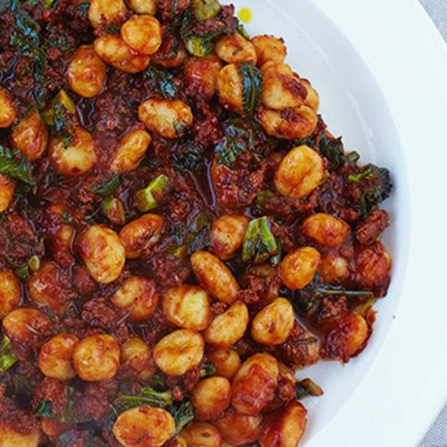 Gnocchi, Sausage, Tomato, Peas, Smoked Mozzarella Recipes — Dishmaps