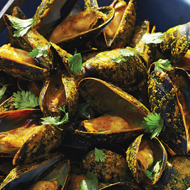 salsa grilled mussels with mango curry sauce mango curry mango curry ...