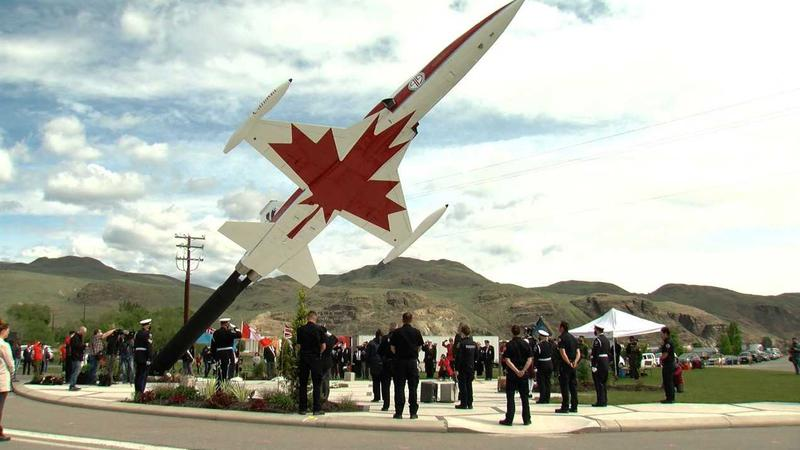Tribute ceremony evokes inspirational spirit of Capt. Jennifer Casey and the Snowbirds