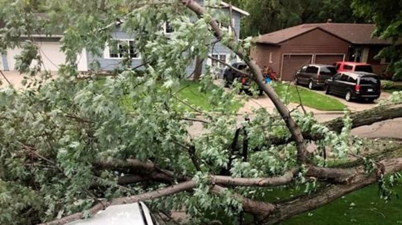 Authorities: 1 dead after tornado hits western Minnesota