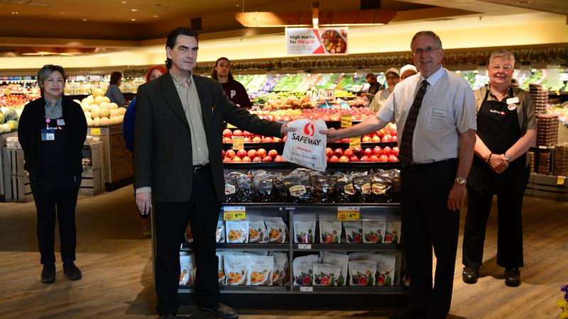 Local business contributes to food bank