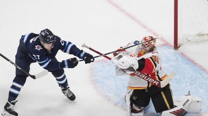 Calgary Flames Take 2 1 Series Lead With 6 2 Win Over Winnipeg Jets Lethbridge News Now