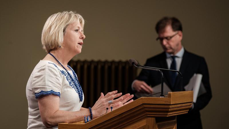 COVID-19 hospitalizations still rising in B.C.