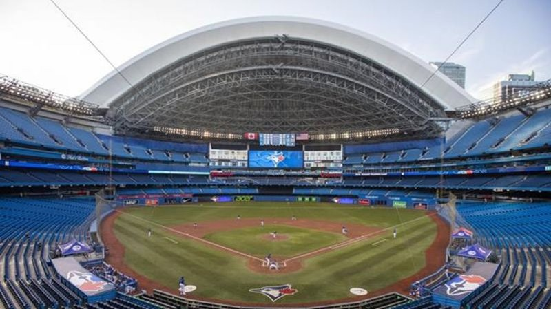 Rogers Centre plans on hold amid pandemic despite report of possible demolition