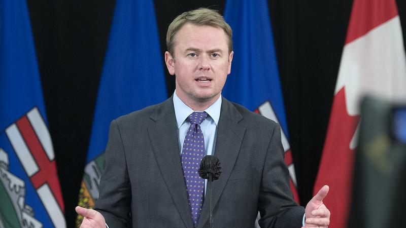 Health officials to provide update on Alberta's COVID-19 vaccine