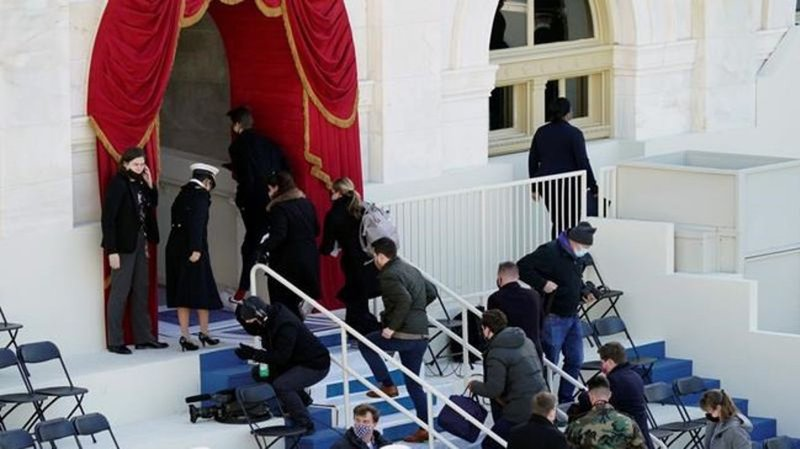 Inauguration rehearsal at Capitol evacuated after fire in homeless camp