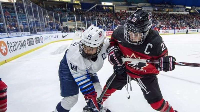 Together at last, Canadian women's hockey team reunites ...