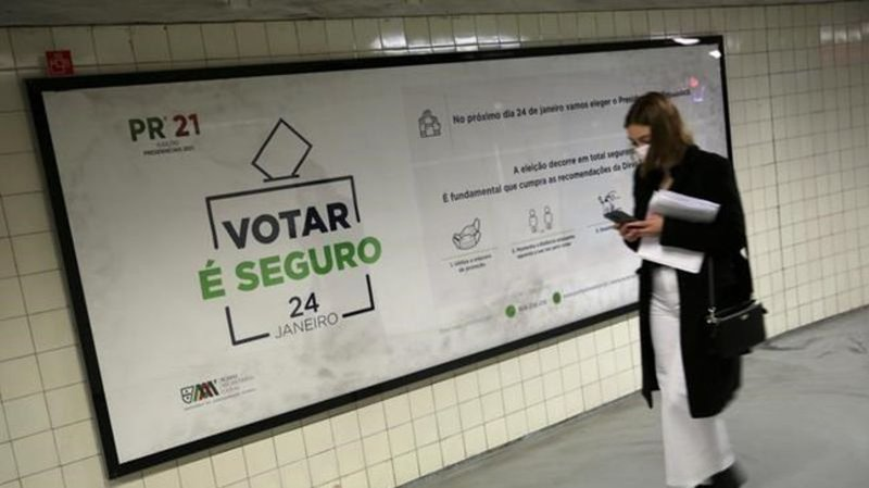 Portugal votes in presidential election amid coronavirus surge