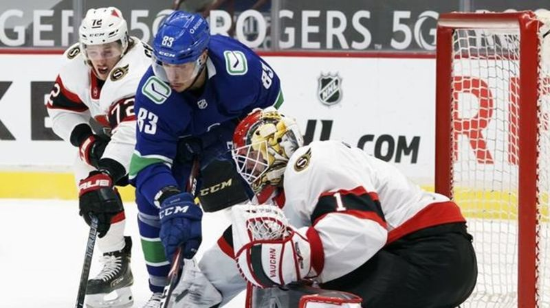 Sutter hat trick leads Canucks in convincing 7-1 win over Senators