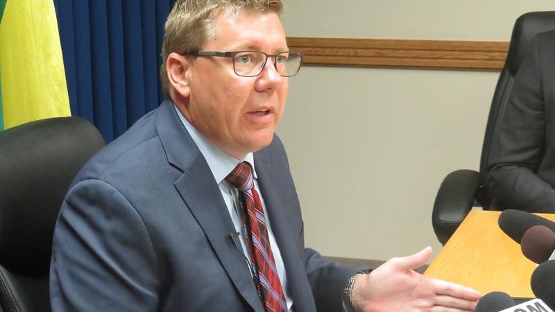 Premier Moe says Saskatchewan trending toward looser COVID-19 rules