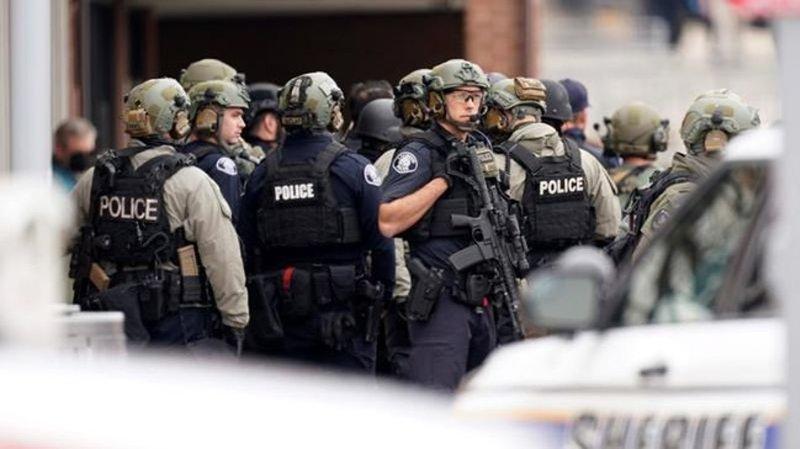 10 people killed at Colorado supermarket