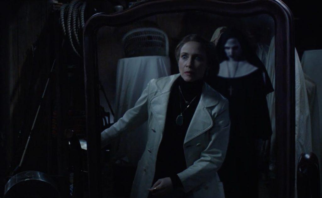 Lorraine (Vera Farmiga) sees the evil presence. © 2016 Warner Bros.