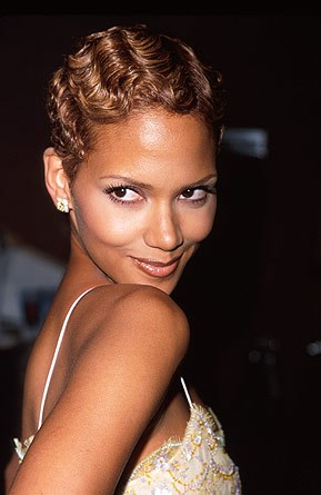 Women's Hairstyles - Finger Waves - Halle Berry
