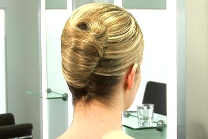 Women's Hairstyles - Updo - French Twist