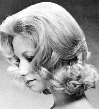1960's Hairstyles - The Flip