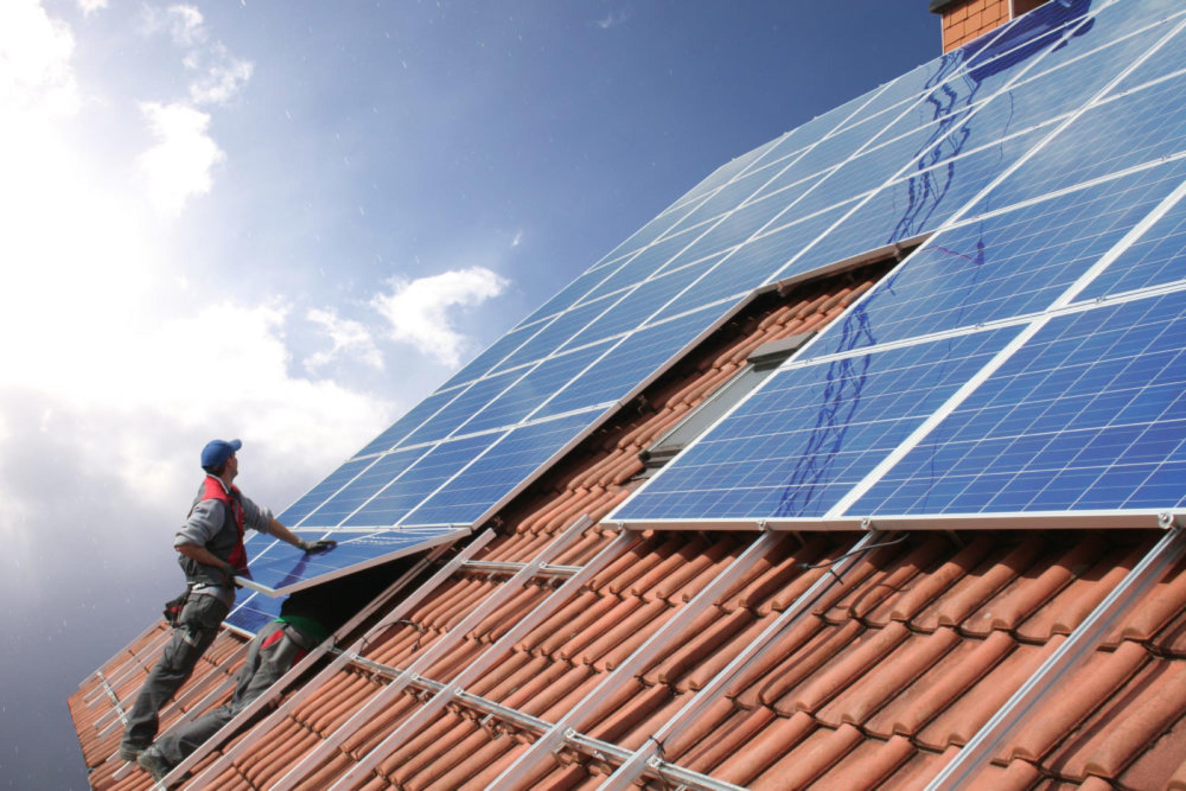 Installing Solar Panel Mounts