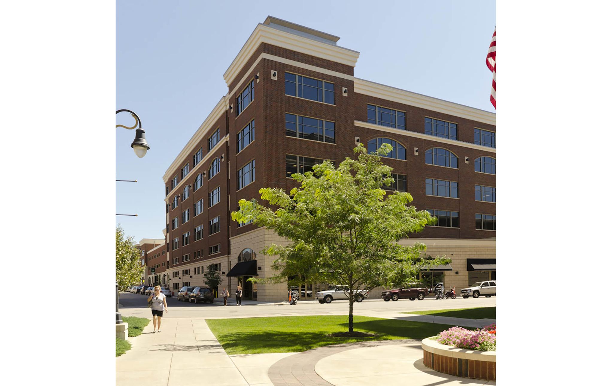 6_Riverside-Center-Office-Complex