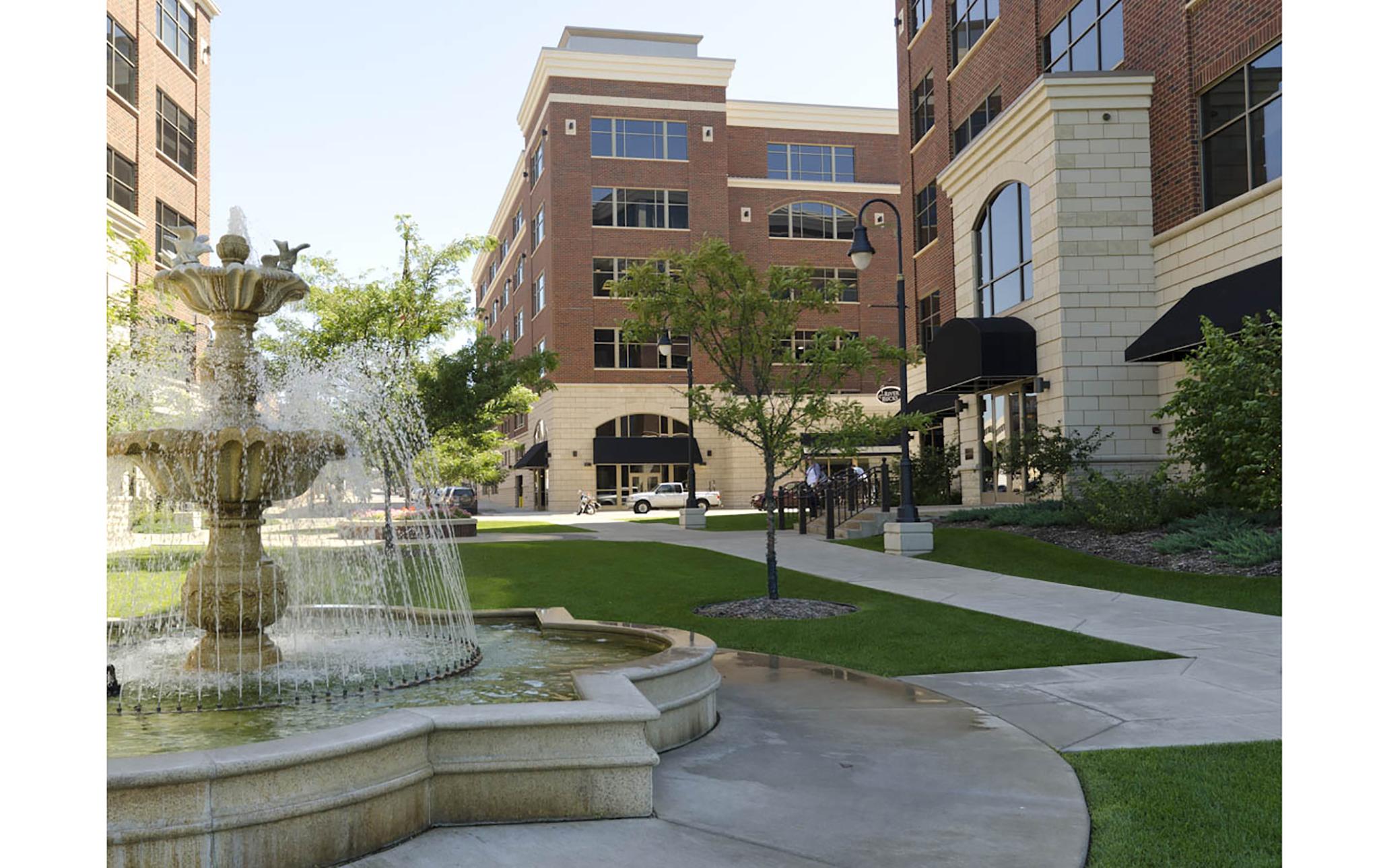 5_Riverside-Center-Office-Complex